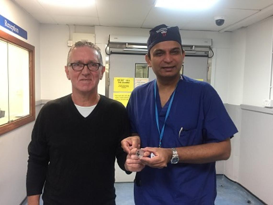 Patient Robert Begent with Professor Prokar Dasgupta with the 3D model of Robert's prostate.
